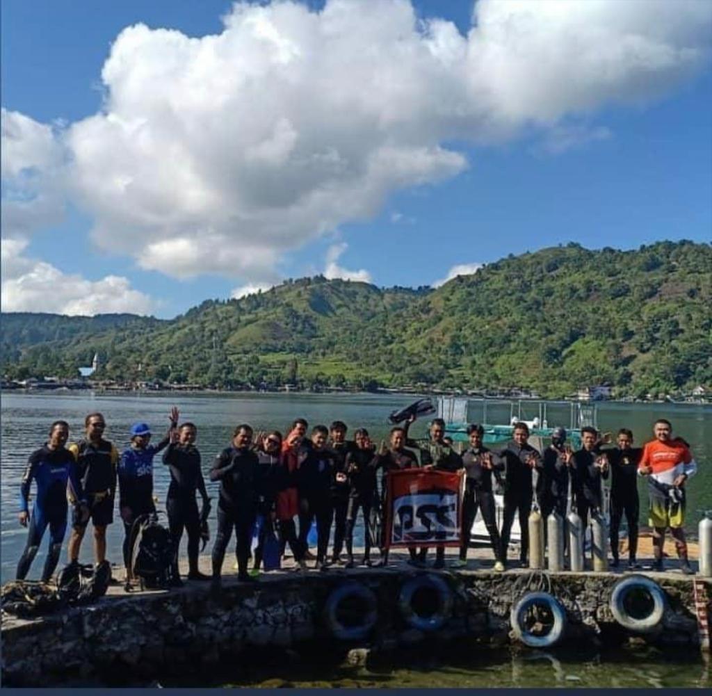 PSS- Global Dive in Toba Lake